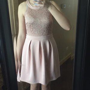 Light pink dress size 8